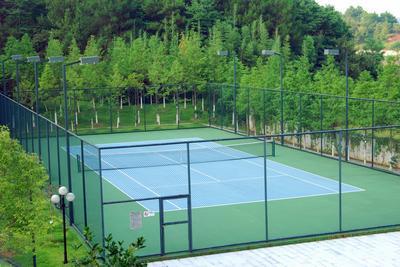 贵阳专业生产网球场地