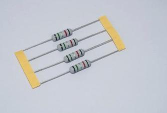 保险丝电阻图片