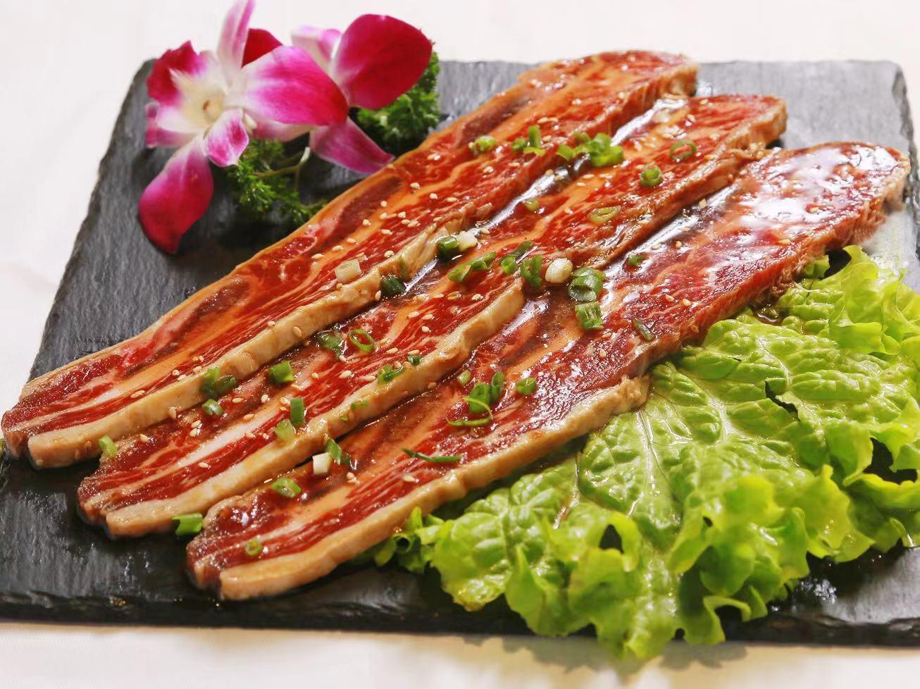 南關區無煙烤肉訂餐電話「薇薇家烤肉店供應」