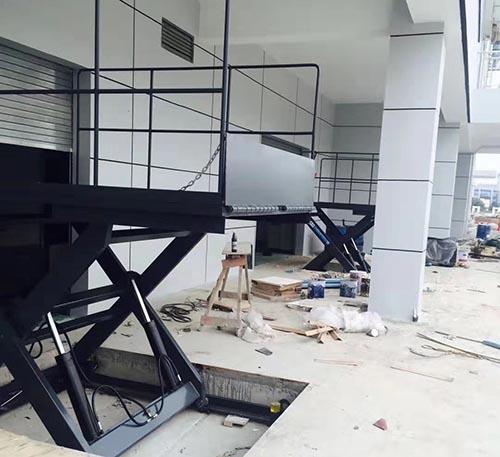广东固定式升降机供应商 苏州卓钢升降机械供应