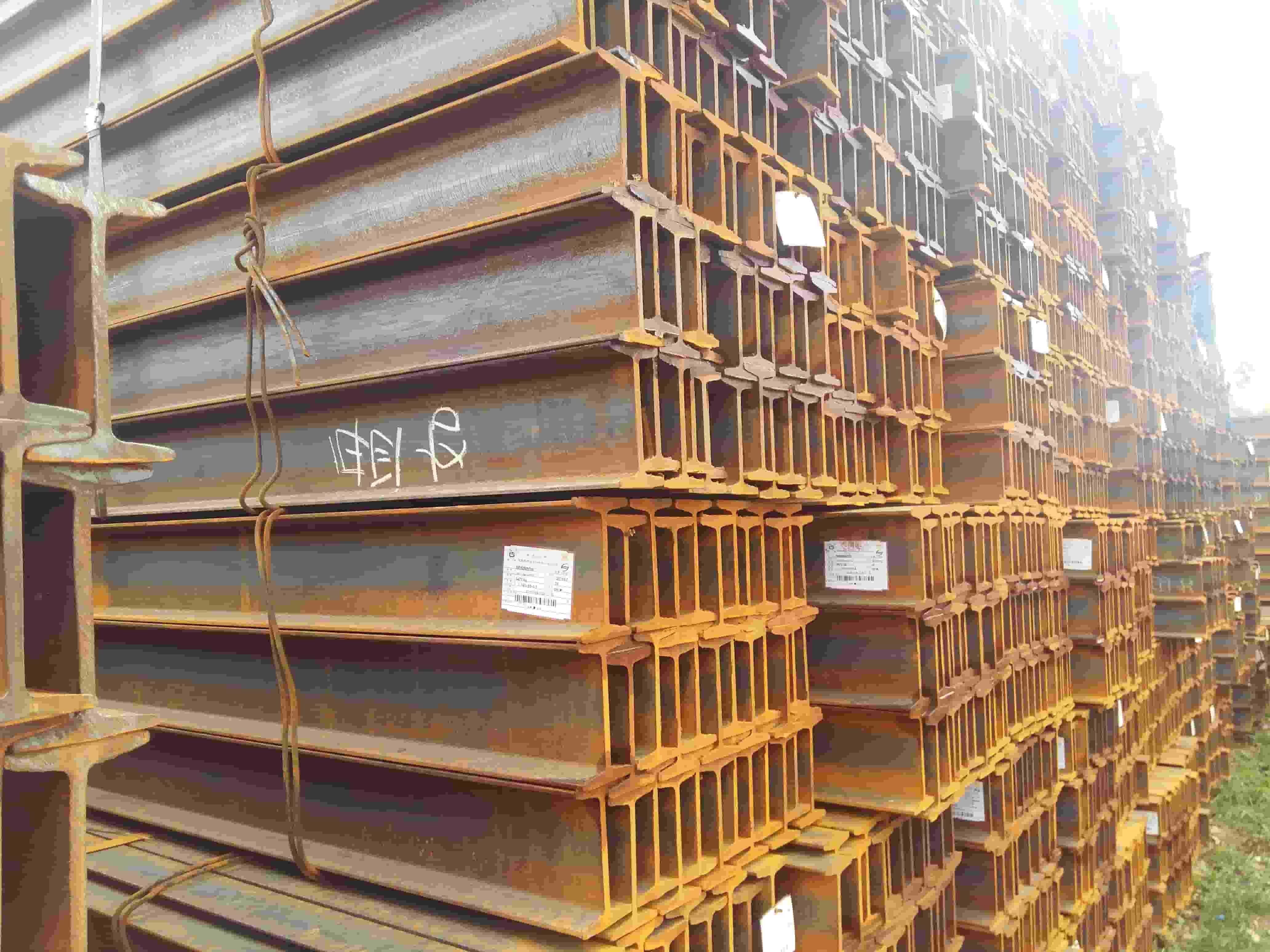 云南工字钢厂家供应 以客为尊 云南贸轩商贸供应