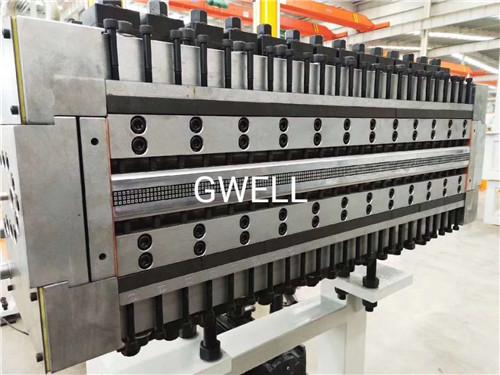 江苏塑料建筑模板设备多少钱 苏州金韦尔机械供应