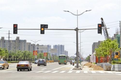 人行道信号灯安装 厦门宏乾交通设施工程供应