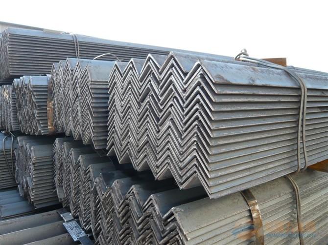 云南角鋼多少錢一噸 優質推薦 云南貿軒商貿供應
