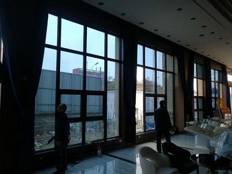 广州浴室门防爆膜供应 服务为先 惠州市欧尚林隔热工程供应