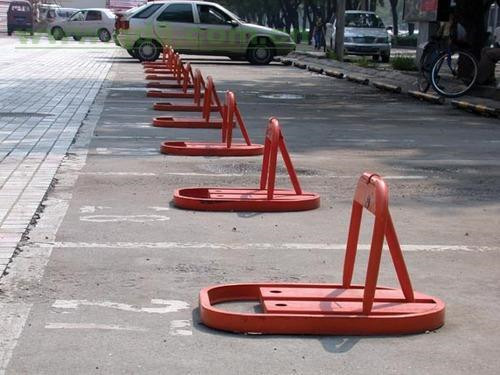 泉州自动车位锁 厦门宏乾交通设施工程供应