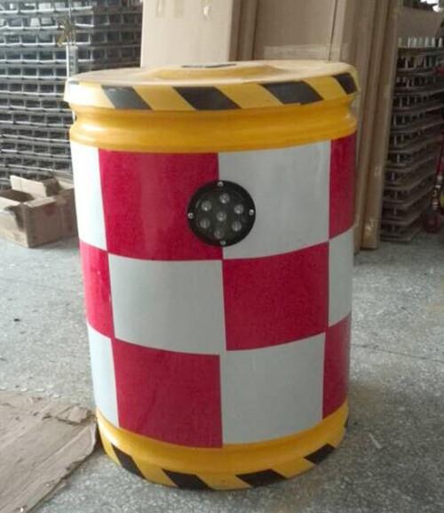 厦门滚塑防撞桶价格 厦门宏乾交通设施工程供应