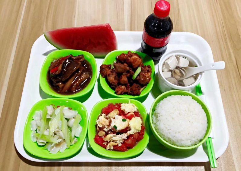 员工食堂托管性价比高 推荐咨询「上海乃永餐饮管理供应」