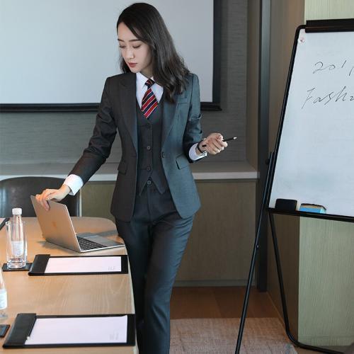 上海西裝需要多少錢 蘇州衡通定制職業裝供應