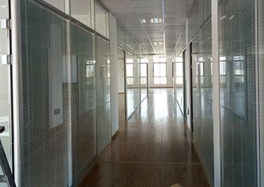 宁波双层玻璃隔断的优势