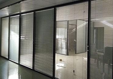 办公室高隔断