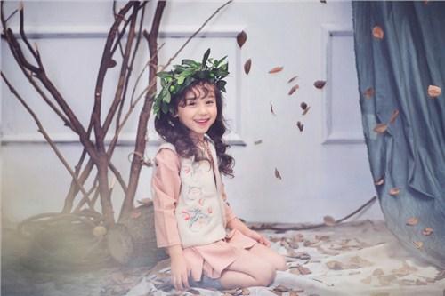 郑州儿童写真拍摄服装 口碑推荐「卡姆贝贝供应」