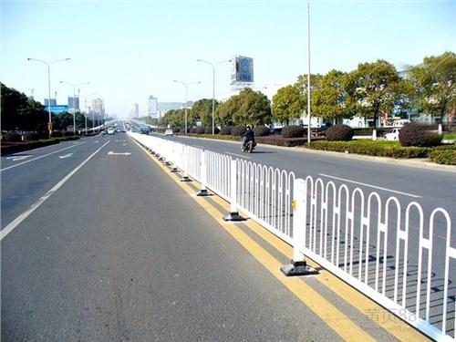拉萨道路护栏产品特性
