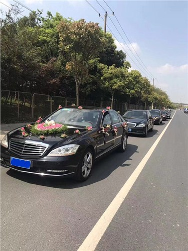 闵行区奔驰婚车租赁