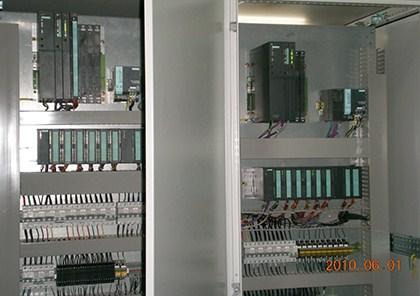 上海多炉群控系统设计