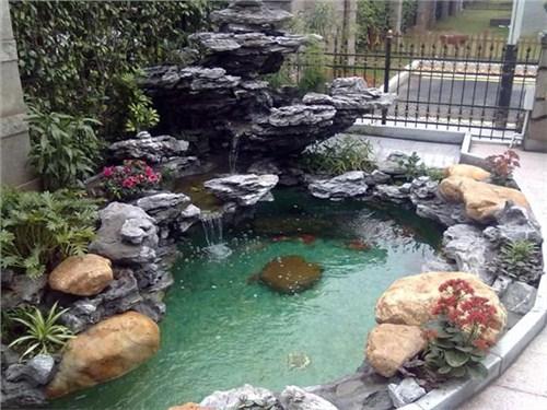 上海别墅假山鱼池水景设计施工图片