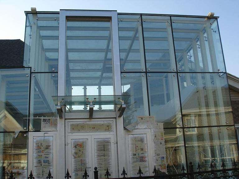 钢结构房屋价格优惠,承接各种建筑的幕墙,智能化,金属门窗,钢结构等