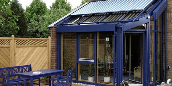 屋顶天幕式遮阳蓬机构,多功能户外天幕等,十分适用于各类玻璃阳光房顶图片