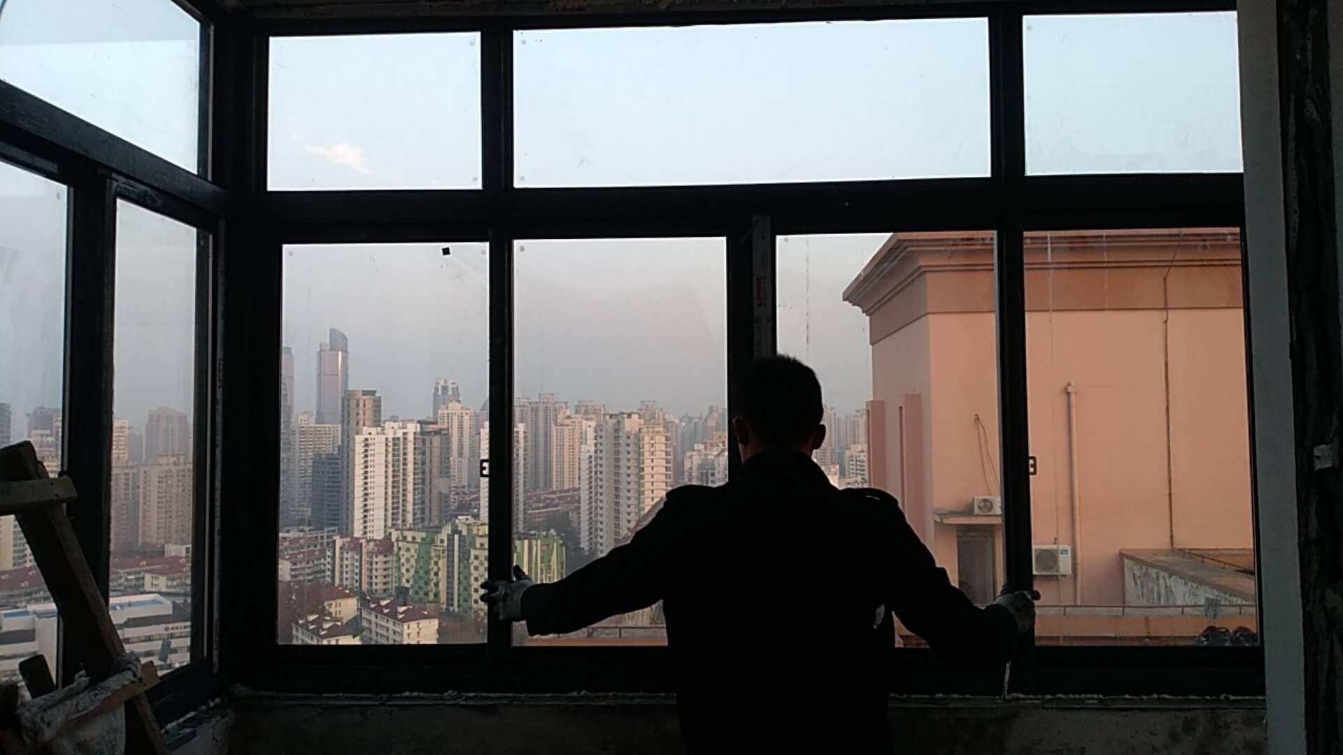 上海阳台封窗要注意哪些问题?
