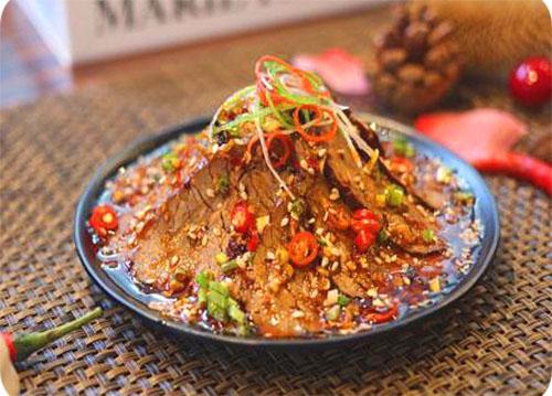 红唇牛肉——欢辣颂串串香
