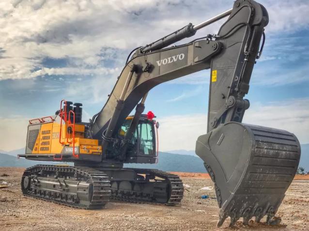 沃尔沃相当大挖掘机ec950el