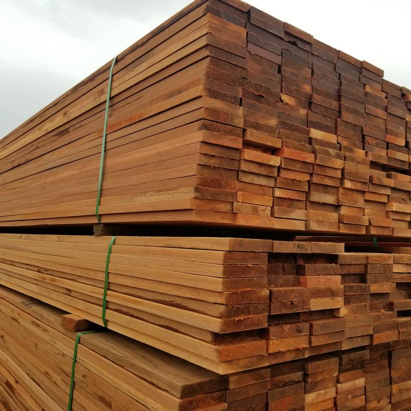 山樟木板材.jpg