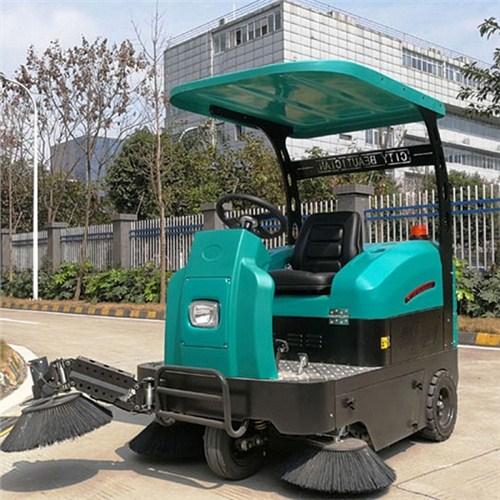 钟祥高铁站驾驶式扫地车 服务至上 武汉驰诚清洁设备供应