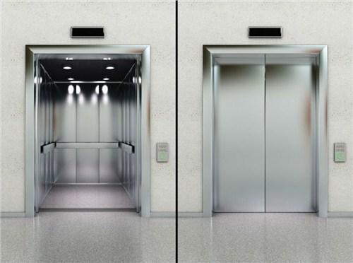 电梯使用安全