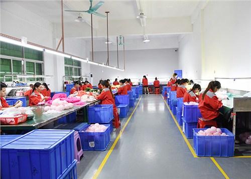 深圳官方硅胶加工厂可量尺定做 卓越服务「哲润太供应