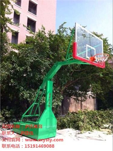 广州移动式篮球架一套多少钱?